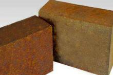 Spinel Bricks